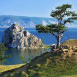 Озеро Байкал - самое глубокое и прекрасное озеро на нашей планете.